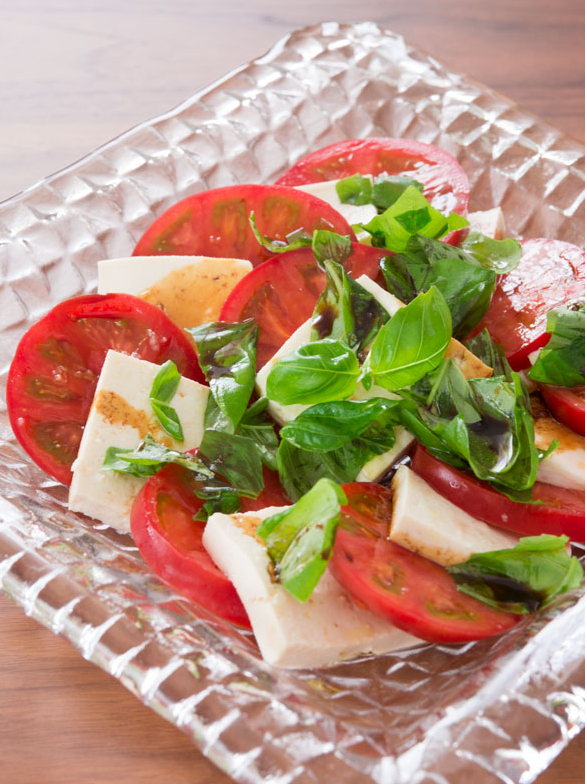 caprese salad - summer foods - salads